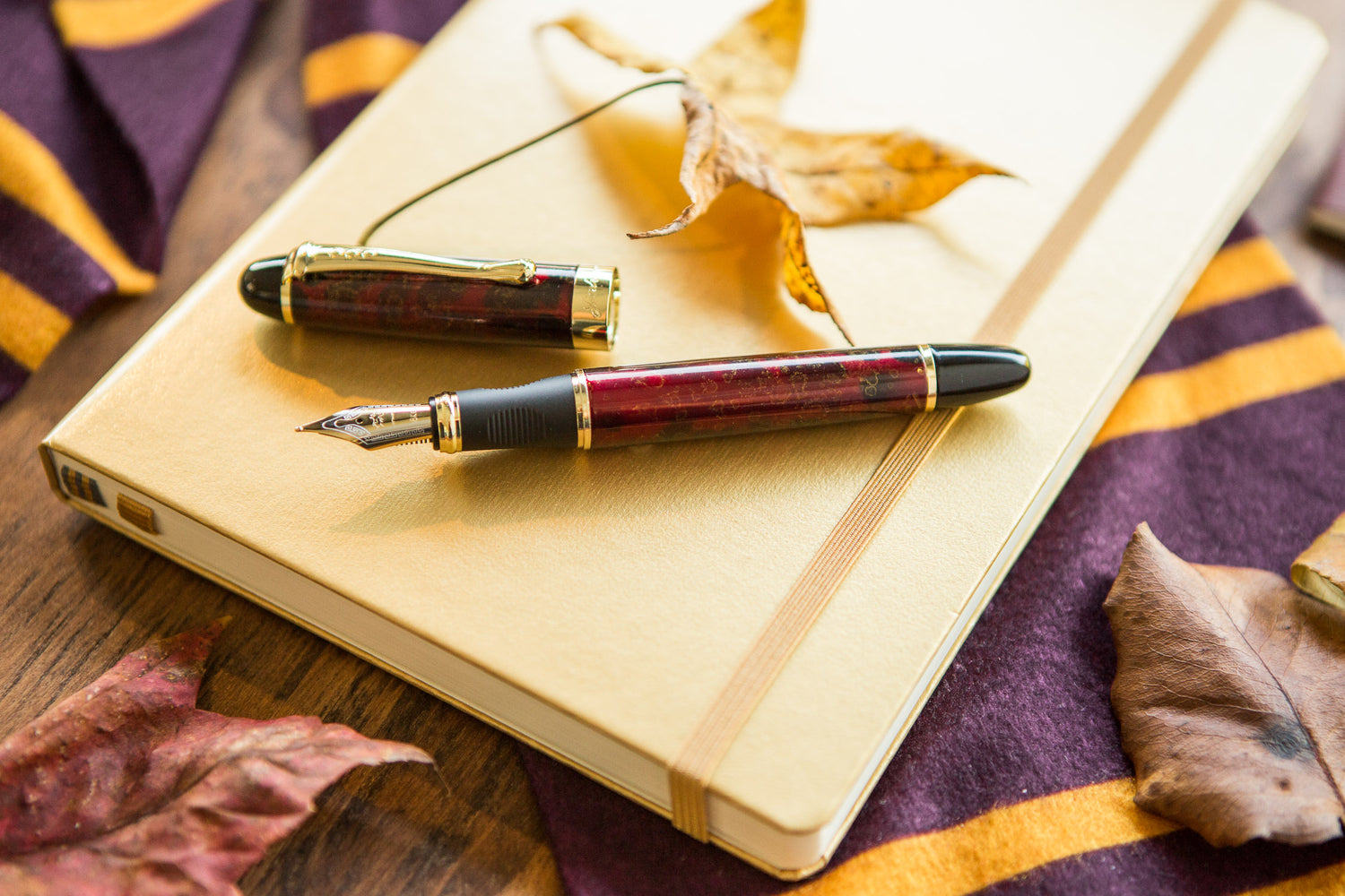 Jinhao X450 Fountain Pen - Red/Gold