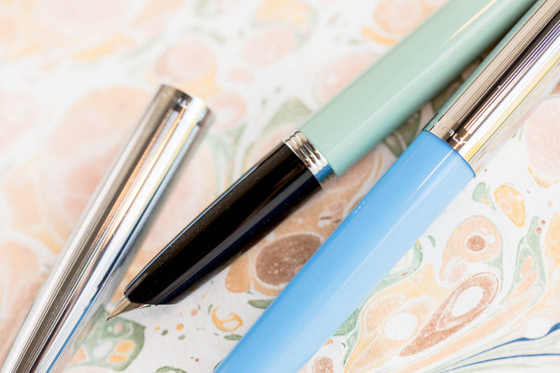 Aurora Duo Cart Fountain Pen - Light Green