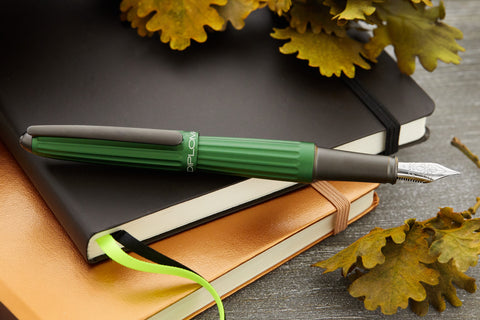 Diplomat Aero Fountain Pen - Green