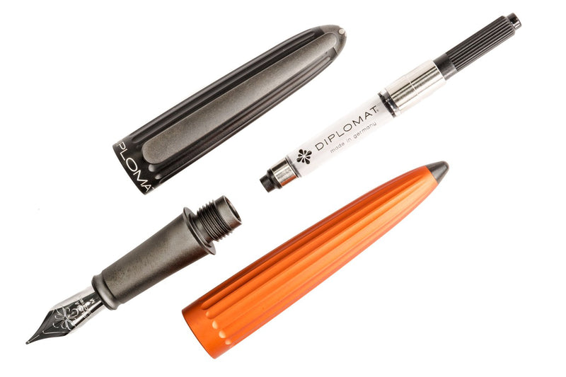 Diplomat Aero Fountain Pen - Orange/Black