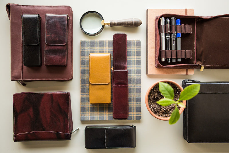 Girologio Triple Magnetic Closure Pen Case - Oxblood