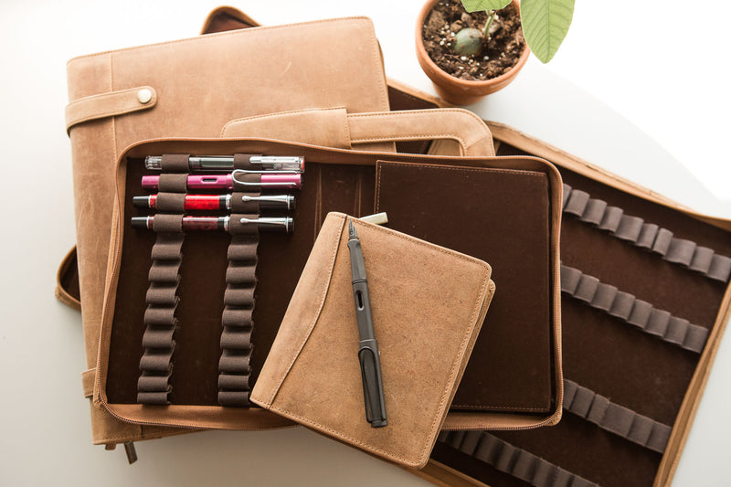 Girologio 48 Pen Case - Saddle Tan