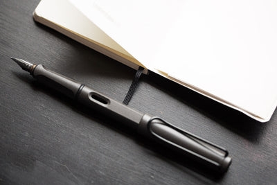 LAMY Safari Fountain Pen - Charcoal