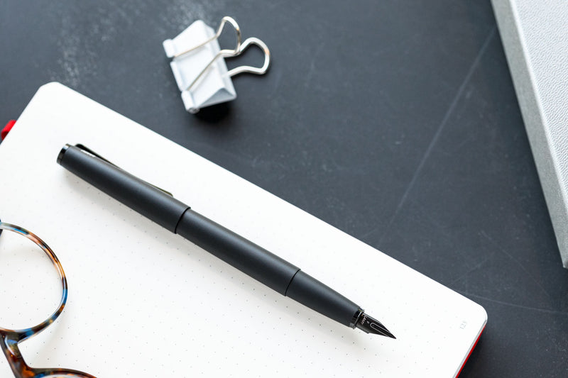 LAMY Studio Fountain Pen - Lx Black (Special Edition)