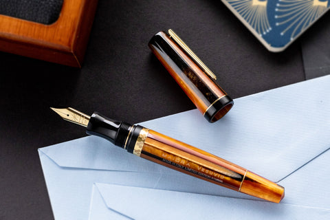 Maiora Vesuvio Fountain Pen (Limited Edition)