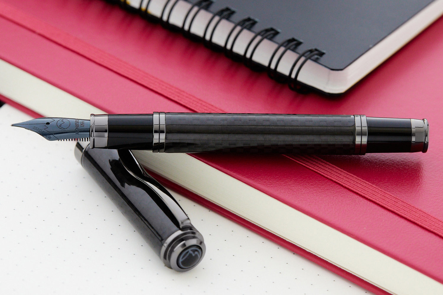 Monteverde Innova Fountain Pen - Carbon Fiber/Gunmetal (Limited Edition)