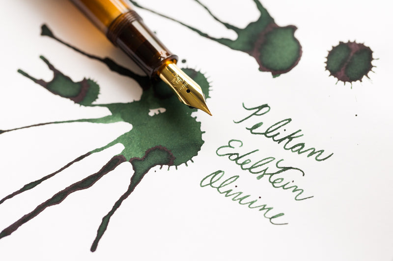 Pelikan Edelstein Olivine - Ink Sample