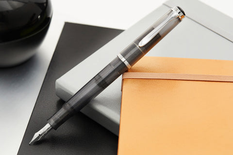 Pelikan M205 Fountain Pen - Moonstone (Special Edition)
