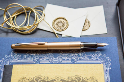 Pilot Metropolitan Fountain Pen - Gold Plain