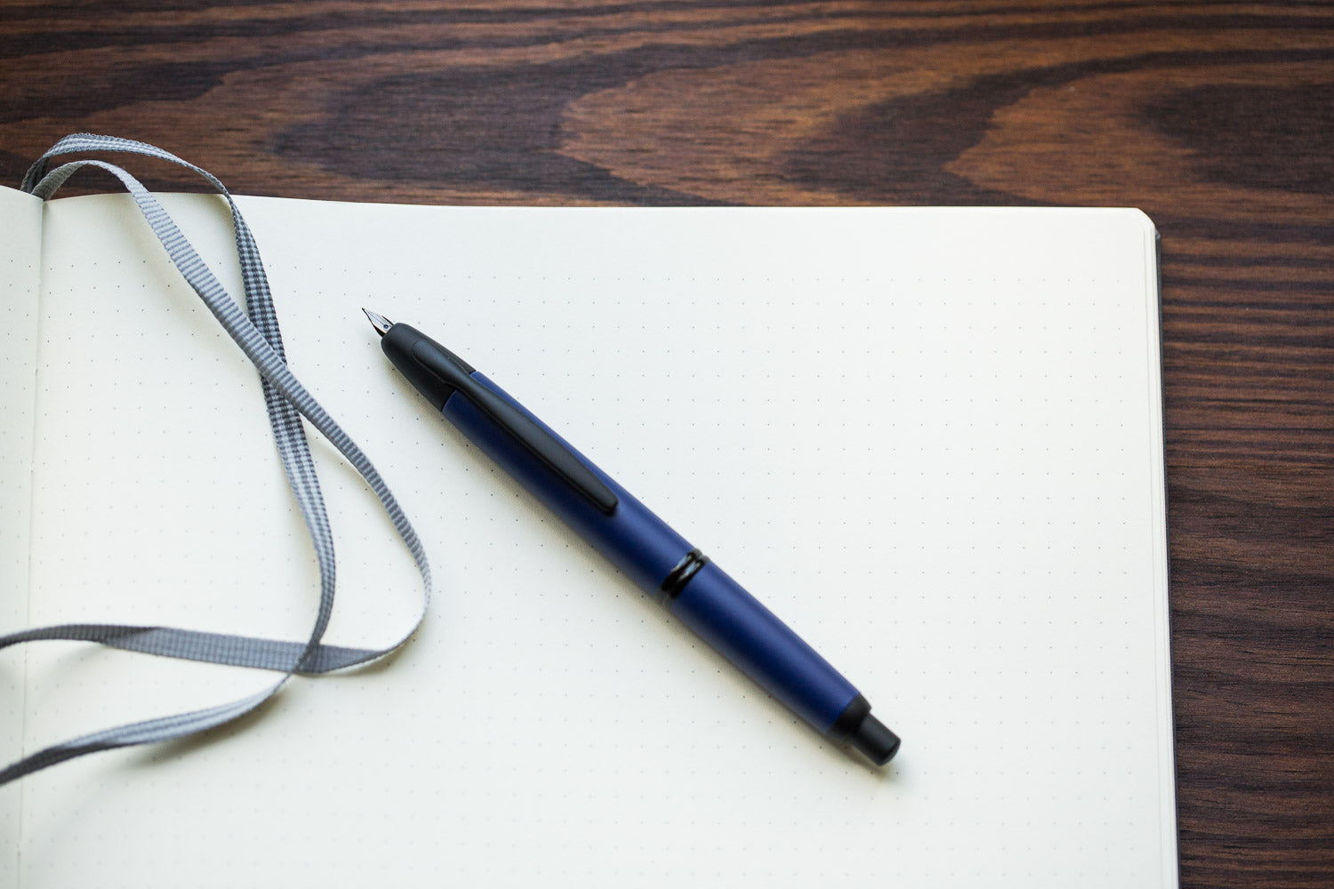 Pilot Vanishing Point Fountain Pen - Blue Matte