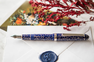 Platinum 3776 Celluloid Fountain Pen - Karakusa Blue