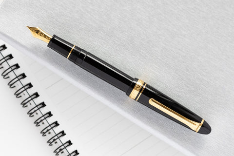 Sailor 1911S Fountain Pen - Black/Gold