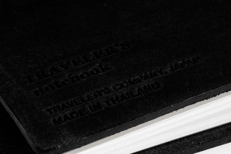 Traveler's Notebook - Black (Passport)