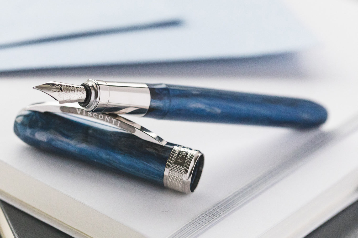 Visconti Rembrandt Fountain Pen - Blue Fog