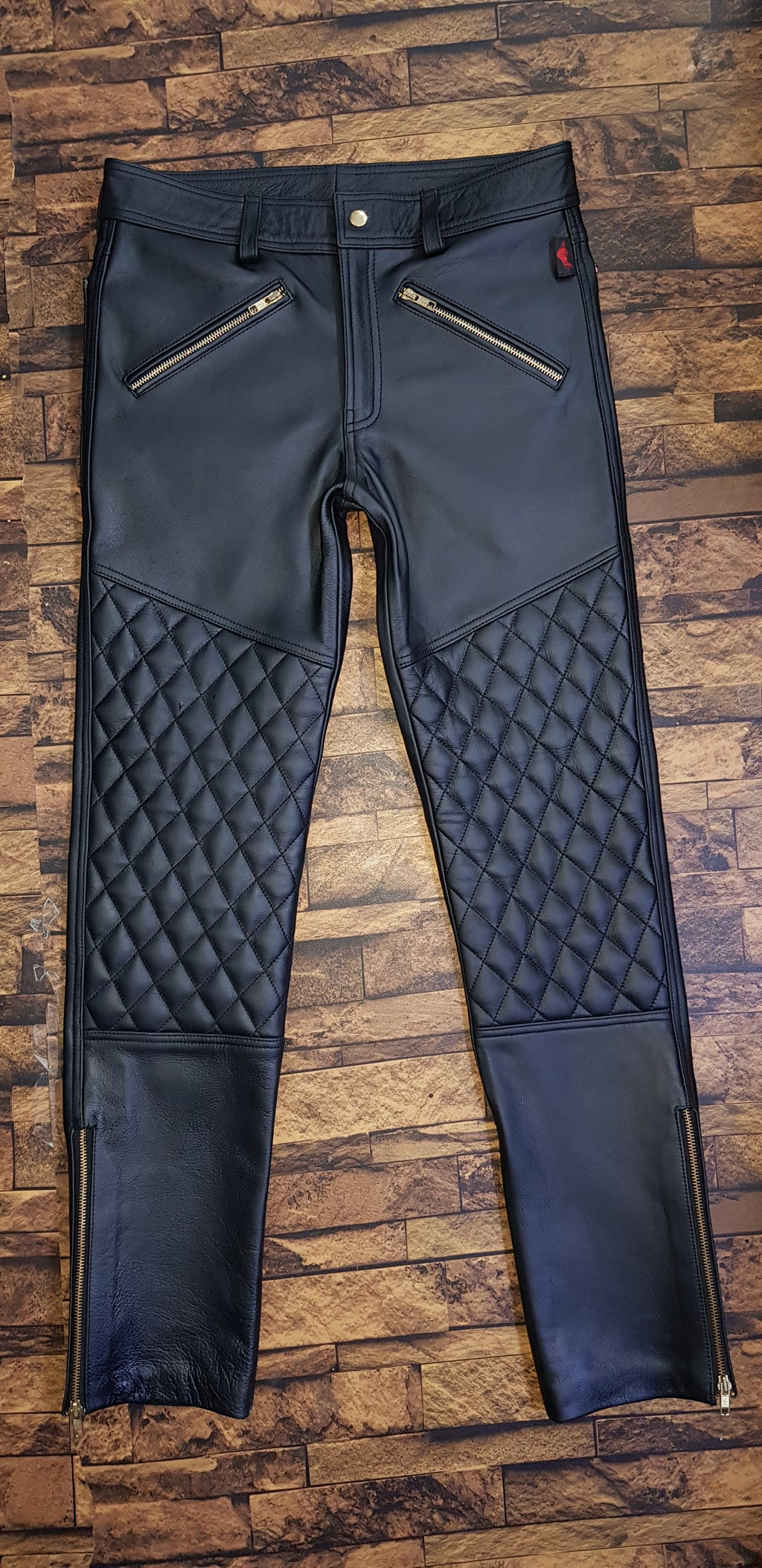TAURUS LEATHER Cow Leather Quilted Design Pant With Golden Accessories