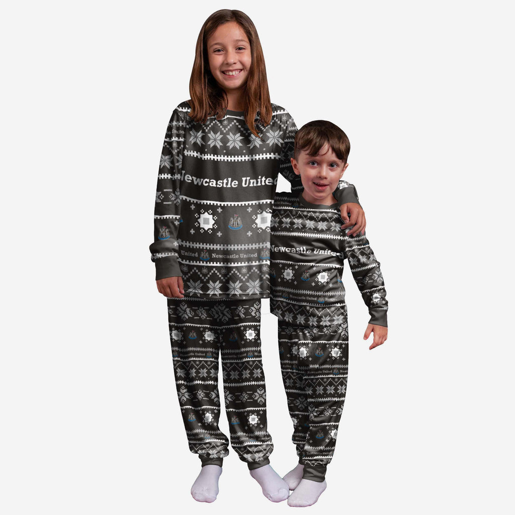 Newcastle United FC Youth Family Holiday Pyjamas FOCO 8 (S) - FOCO.com | UK & IRE
