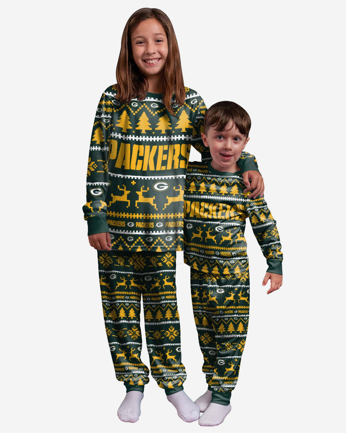 Green Bay Packers Youth Family Holiday Pyjamas FOCO 4 - FOCO.com | UK & IRE