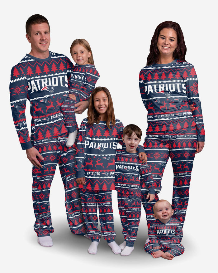 New England Patriots Youth Family Holiday Pyjamas FOCO - FOCO.com | UK & IRE