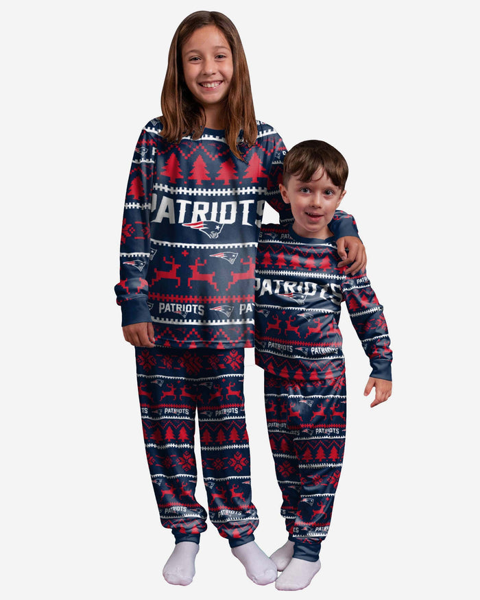 New England Patriots Youth Family Holiday Pyjamas FOCO 4 - FOCO.com | UK & IRE