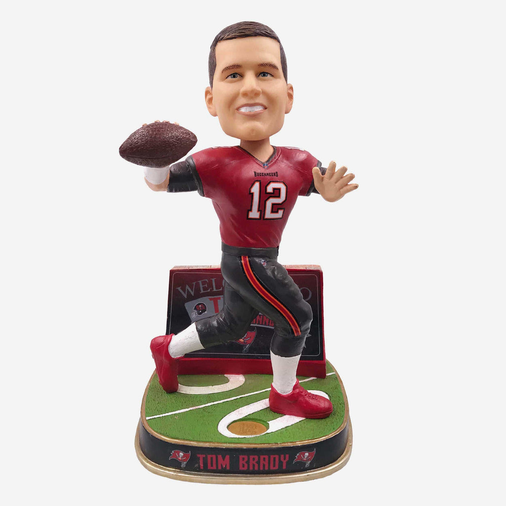 Tom Brady Tampa Bay Buccaneers Welcome Bobblehead FOCO - FOCO.com | UK & IRE
