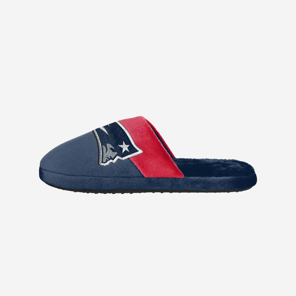 New England Patriots Big Logo Slipper FOCO S - FOCO.com | UK & IRE