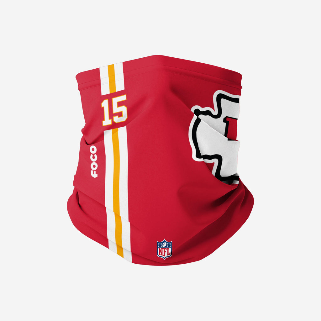 Patrick Mahomes Kansas City Chiefs On-Field Sideline Logo Snood Scarf FOCO Adult - FOCO.com | UK & IRE