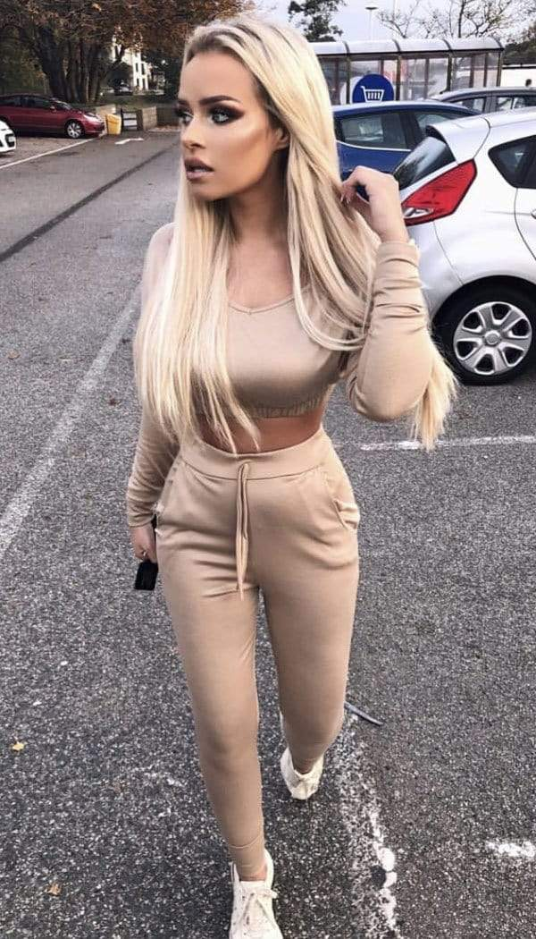 Cropped Lounge Wear Two Piece Tracksuit