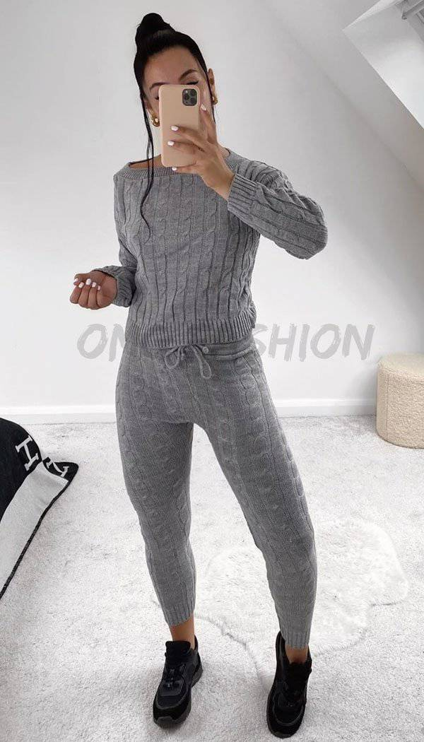 Cable Knitted Legging Two Piece