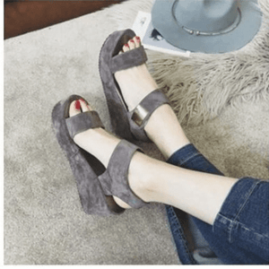 Women`s Roman Gladiator peep-toe flat sandals