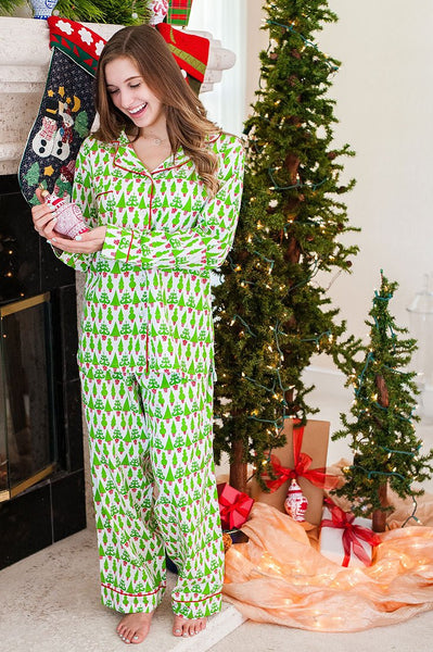 Tangled Tinsel Sateen Full Pajama Set