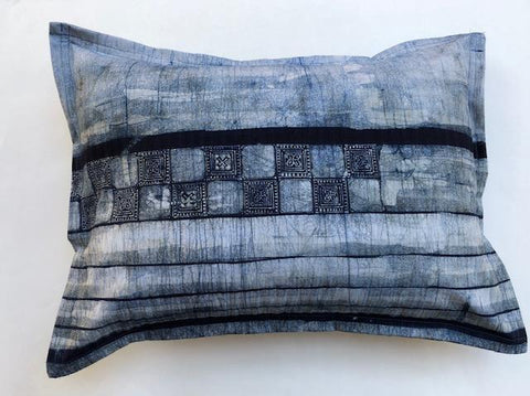 Accent pillow indigo shibori