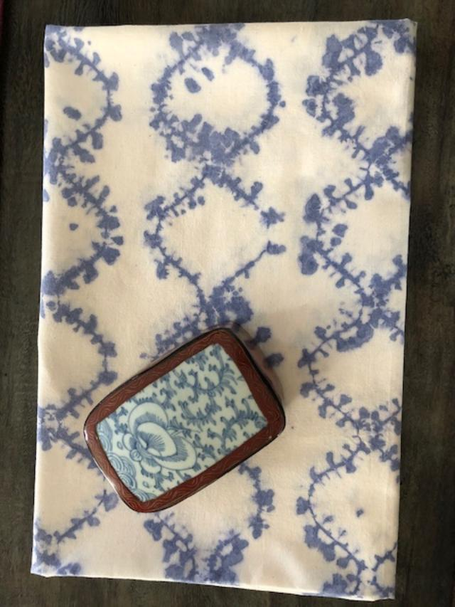 Shirokage Shibori Tablecloth