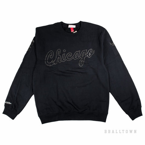 304ad2029f4 Mitchell   Ness Nba Bank Shot Crew Chicago Bulls Black