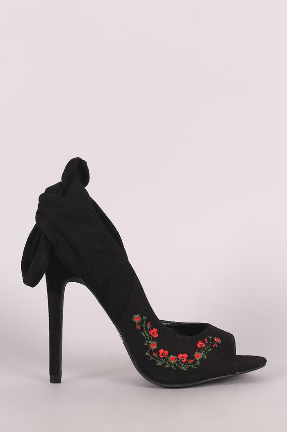 Wild Diva Lounge Embroidered Floral Knotted Suede Dorsay Pump