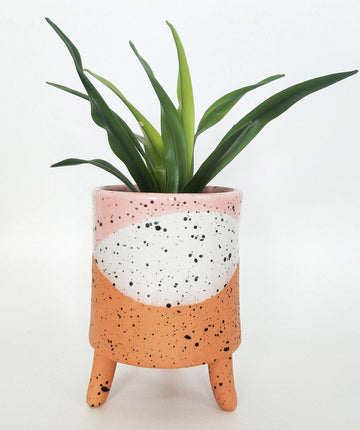 Cora Planter with Legs Pink Med Folia House