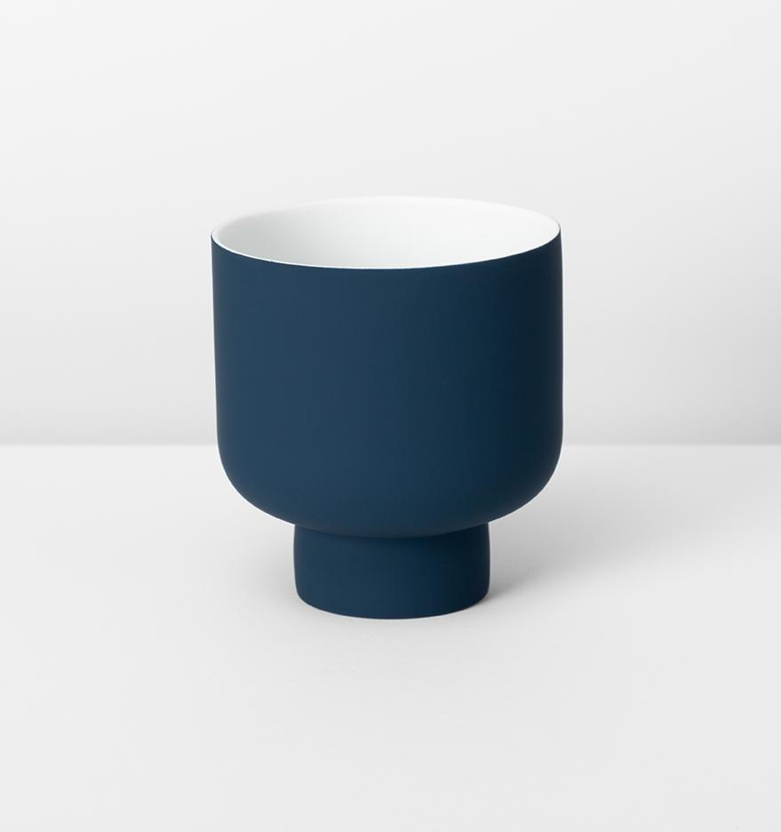 FERGUS PLANTER - NAVY Folia House