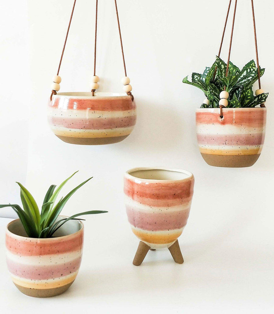Veio Hanging Planter Sienna, Pink & Yellow
