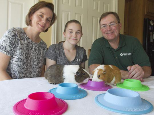 Family invents tip-proof pet food bowl
