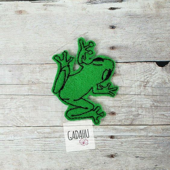 Tree Frog feltie ITH Embroidery design file