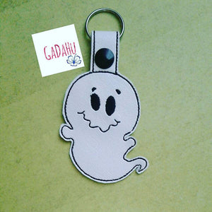Cute Ghost Key Fob Snap Tab Embroidery Design