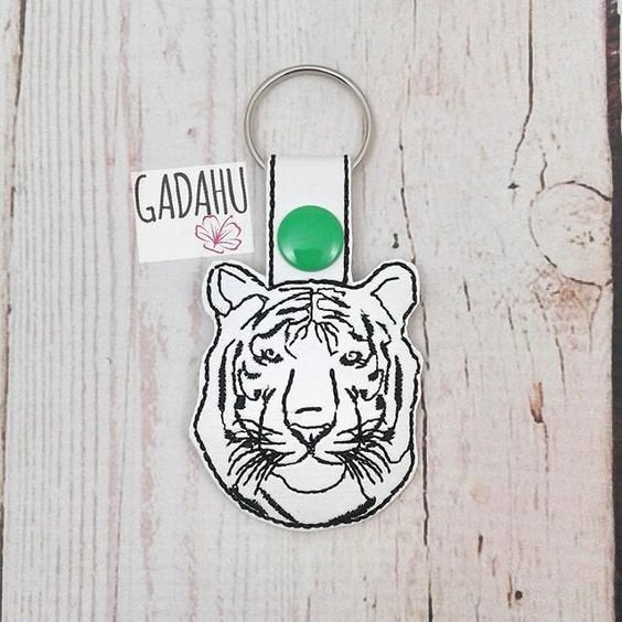 Tiger Snap tab Key Fob ITH Embroidery Design file