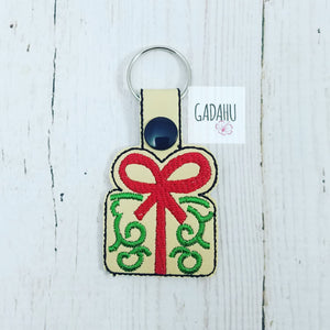 Christmas Gift Snap tab Key Fob ITH Embroidery Design file