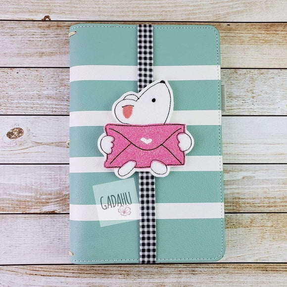 Cute Mouse with love letter Planner Bookmark ITH Embroidery design 4x4