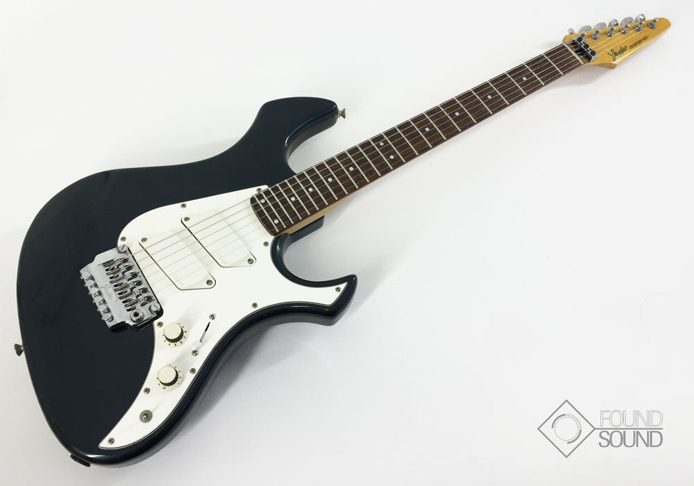 Fender Performer Guitar