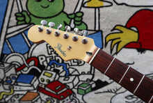 Load image into Gallery viewer, Fender Stratocaster Neck