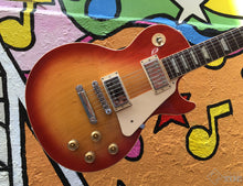 Load image into Gallery viewer, Gibson Les Paul Traditional