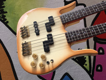 Hondo Twin Neck Bass