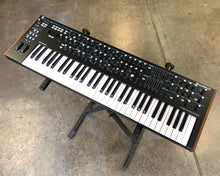 Load image into Gallery viewer, Novation Summit 16 Voice Bi Timbral 61-Key Hybrid Keyboard Synthesizer