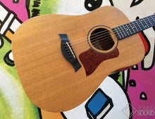 Load image into Gallery viewer, Taylor BBT 'Big Baby Taylor' Acoustic Guitar