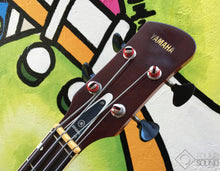 Load image into Gallery viewer, Yamaha SA17 Hollowbody Bass